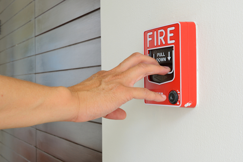 Having printed instructions for fire response can help employees act efficiently in case of a restaurant kitchen fire.