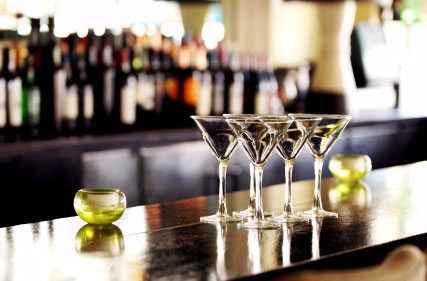 Organizing Your Bar: Liquor Arrangement and other Bar Essentials