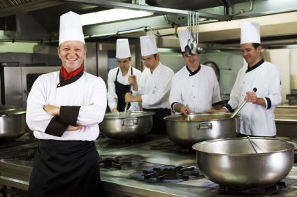 How to Prepare Your  Kitchen Staff for the Holiday Rush